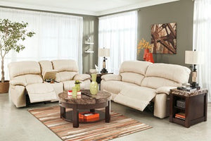 U09311fiA Leather Sofa and Loveseat