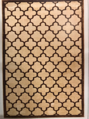 PM3292FIP Trellis Brown and Beige Quatrefoil Rug 8x10