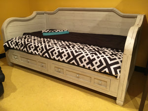 Jon-88-DBFI Stressed White Daybed w/Storage