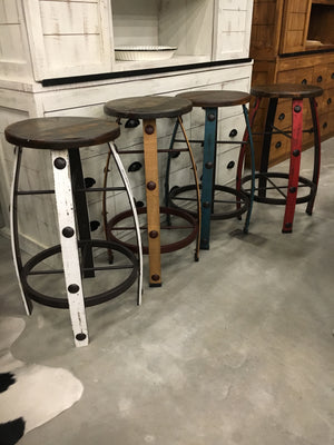 MDR-22-3-18X-41FI Iron and Wood Barstool