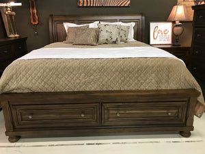 B820FIA Sleigh Bed with Storage Set