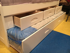 1333 FI-D Twin Captains White Bed w/Trundle and Drawers