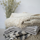 100% Wool natural rug, Scandinavian design, Que Onda Vos for Olea Living