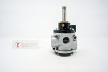 "Load image into Gallery viewer, Univer AG-3222 Poppet Valve for Vacuum, 1/2"" 3/2"