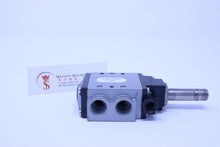 Load image into Gallery viewer, Univer AG-3005 (U2) Poppet Valve for Vacuum