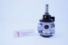 Load image into Gallery viewer, Univer AG-3021 (U2) Poppet Valve for Vacuum