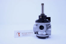 Load image into Gallery viewer, Univer AF-2531 (U2) NA Poppet Valve