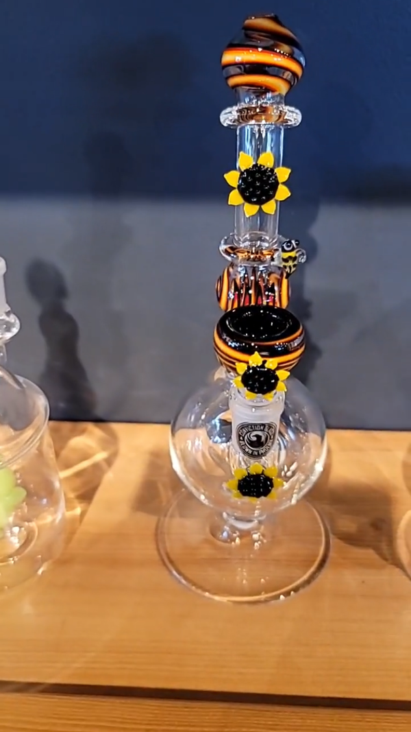 Conviction Glass Sunflower and Bees