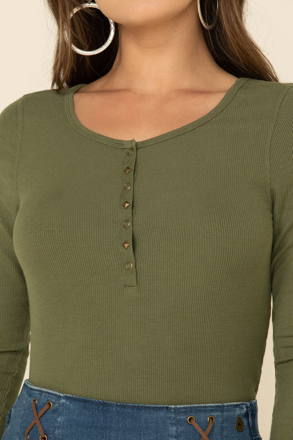 Limelight Ribbed Knit Top - Olive