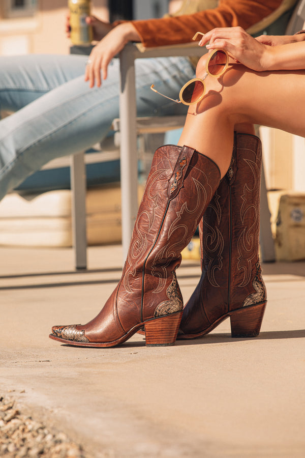 Scaled-Up Western Boots - Snip Toe