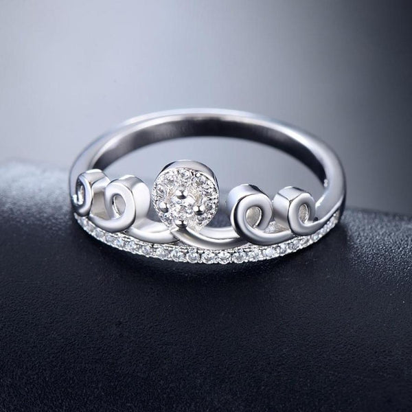 The Crystal Crown Ring