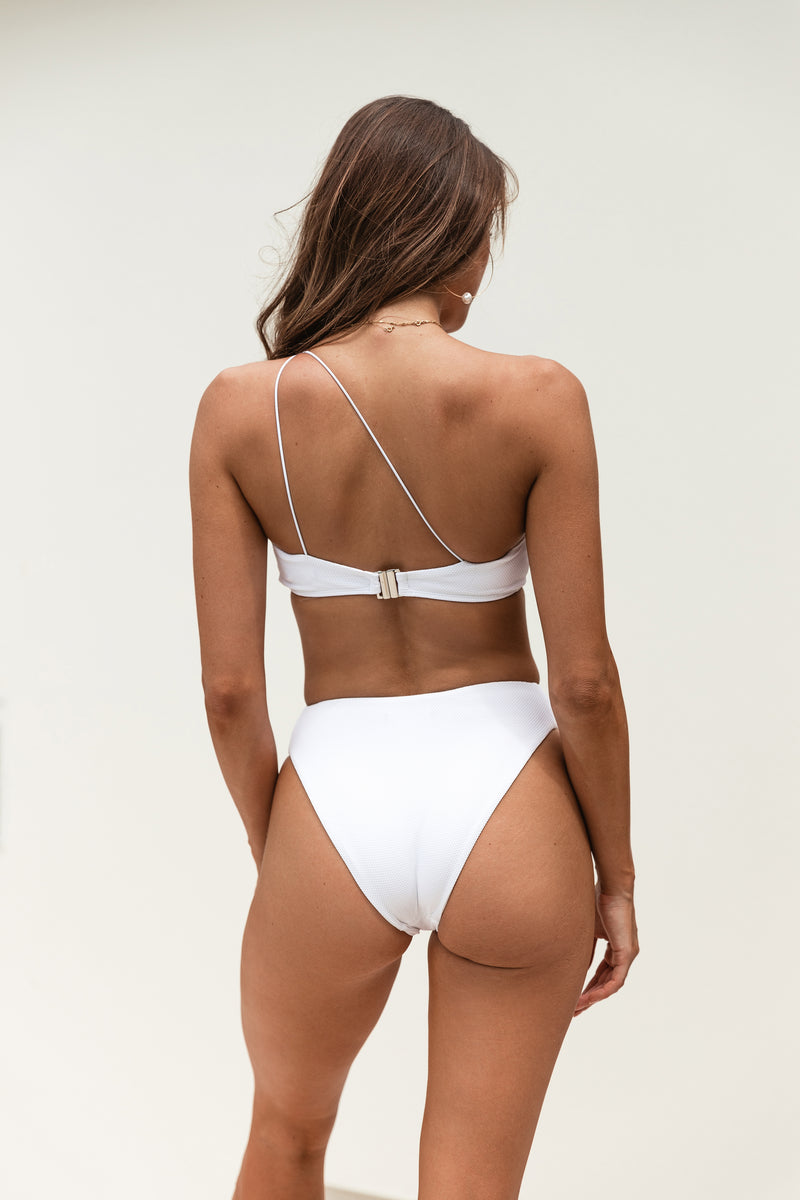 FELINE BRIEF - WHITE WEAVE
