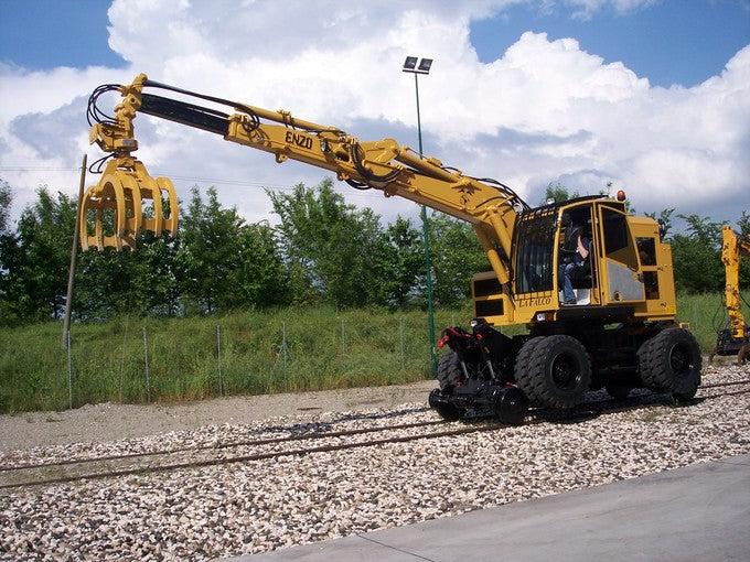 railroad mow road-rail loaders