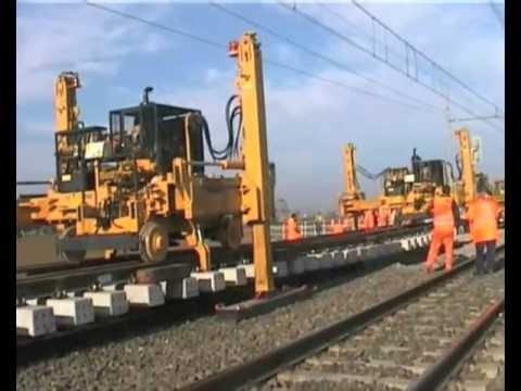 F40TR Track and Switch Laying Gantry La Falco Railway Machines