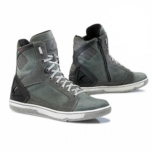Forma Hyper Anthracite Boots