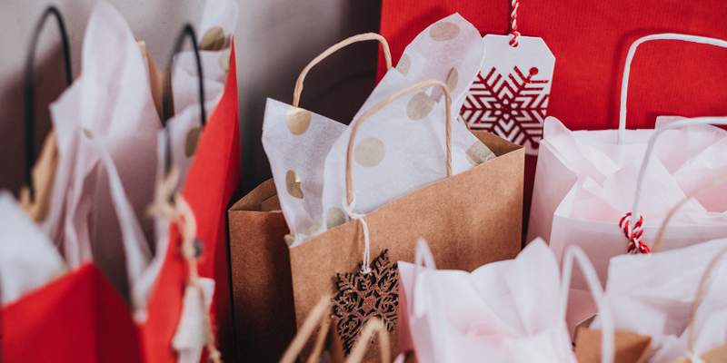 Don't get caught in the Christmas spending trap! Six tips for surviving the silly season.