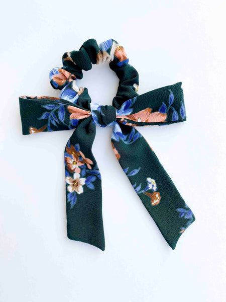 Bow Scrunchie // Evergreen Floral