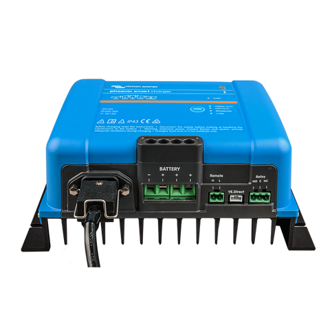 Victron Phoenix Smart IP43 Charger 12/30 (3) 230V Front
