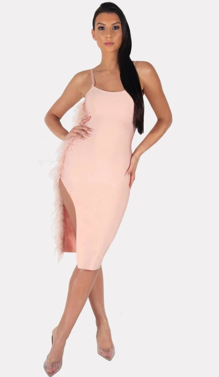 'SOFIA' Bandage Feather Dress - GLAMBAE FASHION