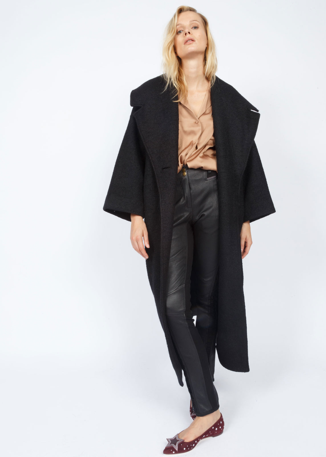 TAPERED SLEEVE BLANKET COAT JET BLACK