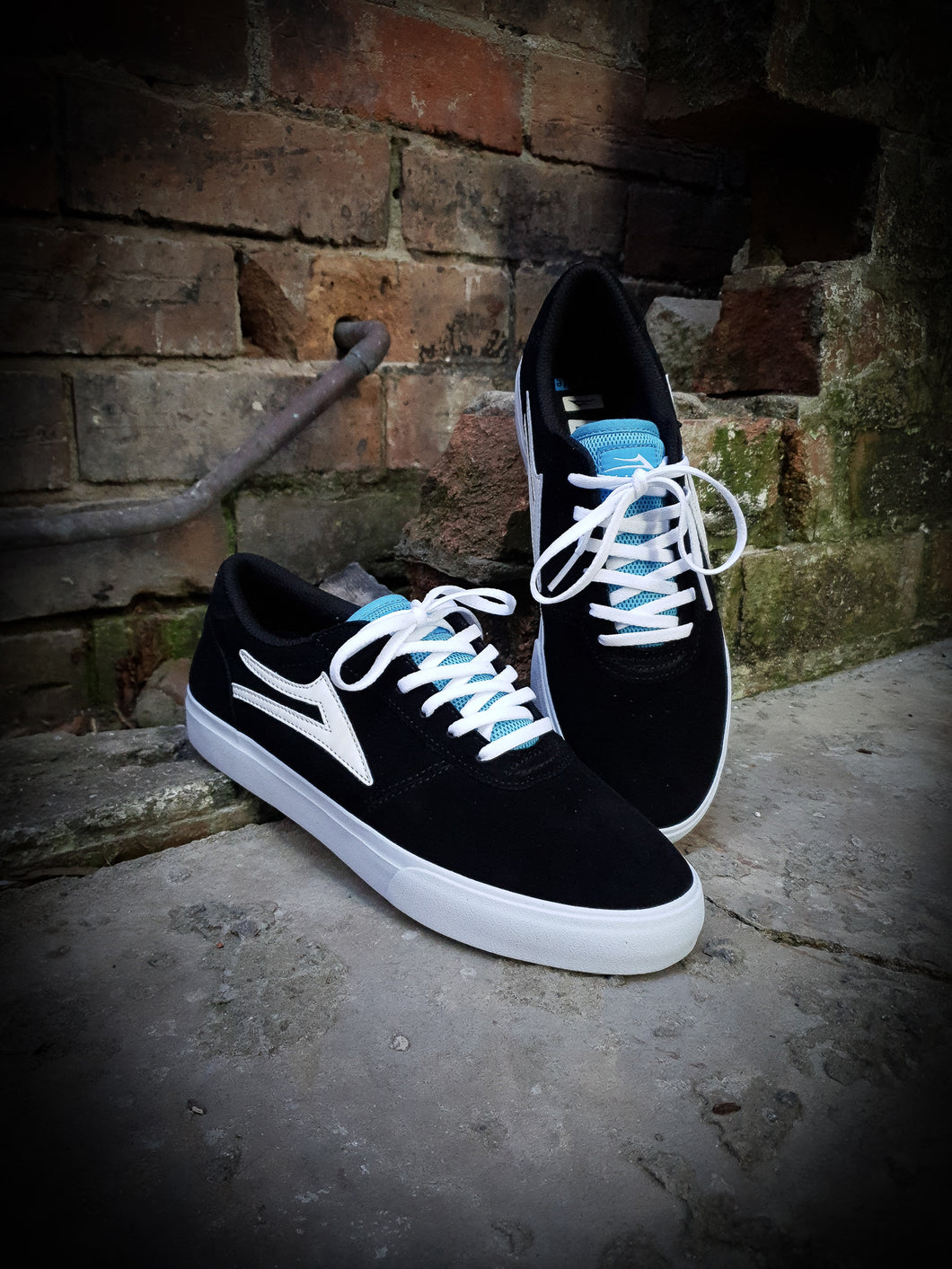 LAKAI - MANCHESTER SHOES - BLACK/BLUE SUEDE