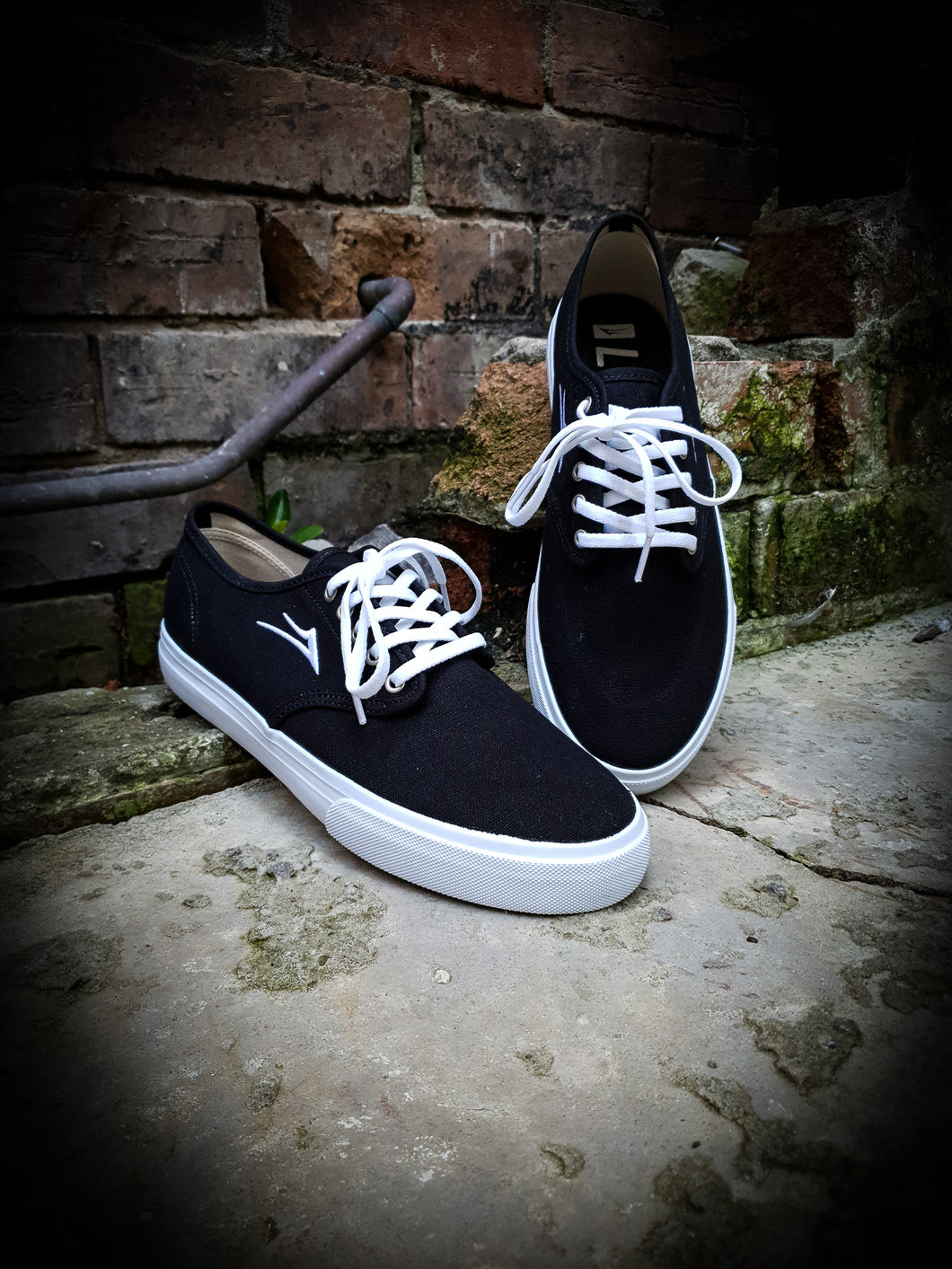LAKAI - OXFORD SHOES - BLACK CANVAS