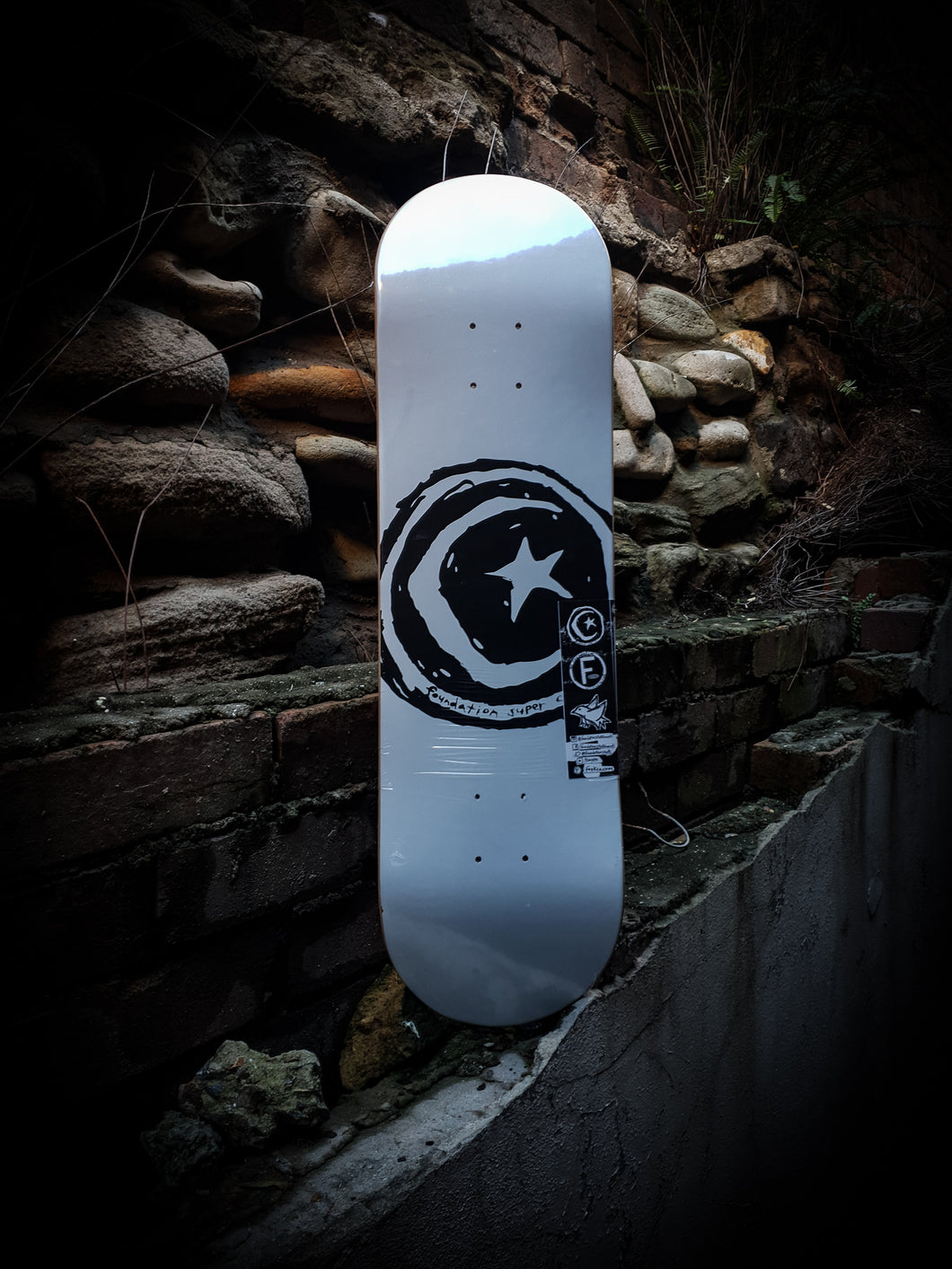 FOUNDATION - STAR AND MOON WHITE DECK