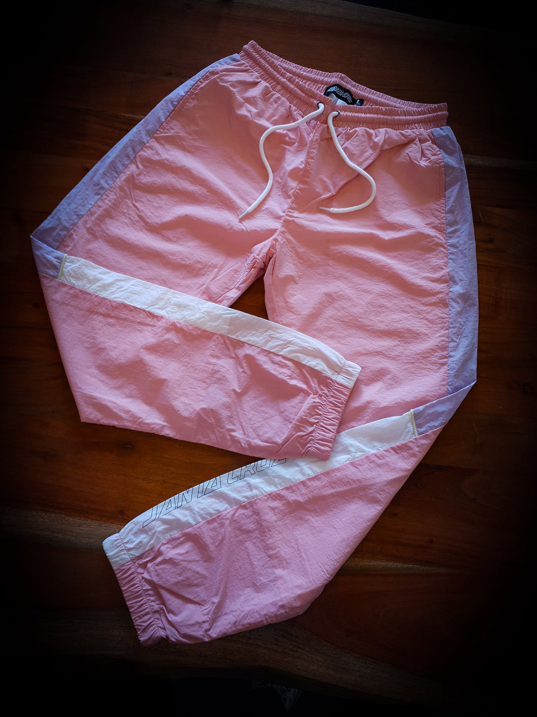 SANTA CRUZ - WOMENS BLOCK PARACHUTE PANTS - PINK