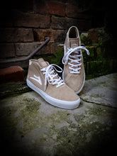 Load image into Gallery viewer, LAKAI - FLACO II MID SHOES - TAN SUEDE