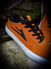 Load image into Gallery viewer, LAKAI - PROTO VULC SHOES - BURNT ORANGE SUEDE