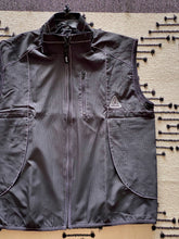 Load image into Gallery viewer, HUF - PEAK CONTRAST VEST