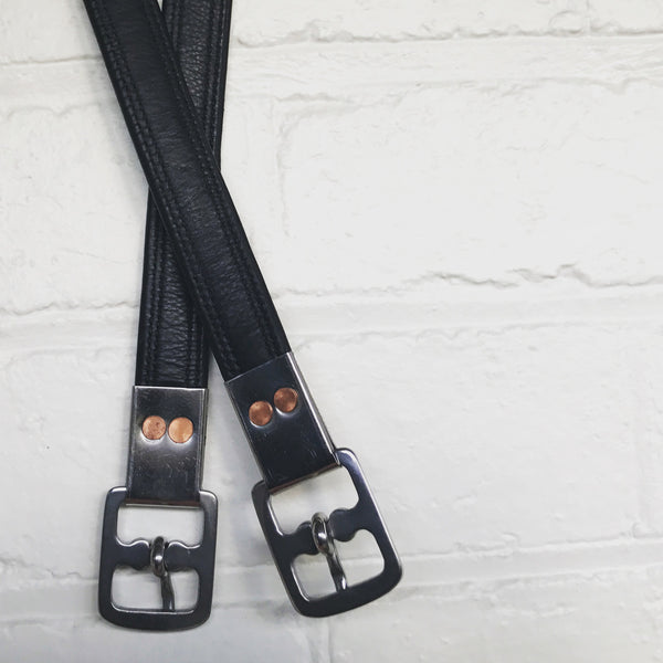 Stirrup leathers - nappa leather (black / brown) - Lumiere Equestrian