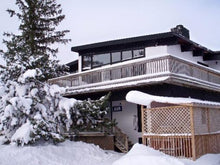 Load image into Gallery viewer, MLK 6 Bedroom Swiss Style Chalet (w Hot Tub & Indoor Sauna) SLEEPS 14 – $4250 CDN (non-refundable) – No Transportation