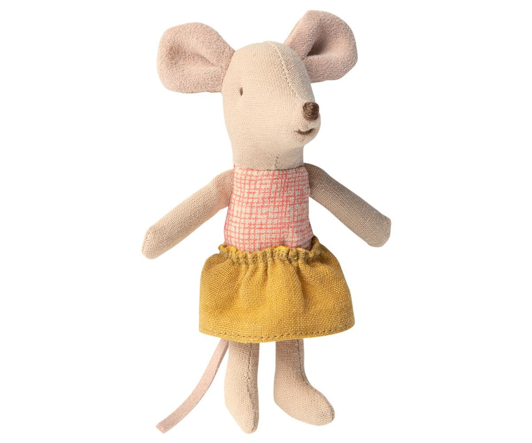 Winter mouse toy with jumper and wooly jumper