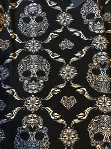 Leggings New With Tags Black White Skull Buttery Soft One Size Fits 0-14
