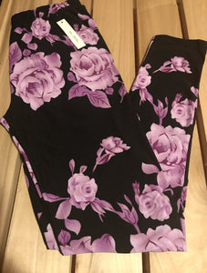 Leggings New With Tags Black Lavender Roses Buttery Soft One Size Fits 0-14