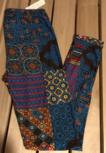 Leggings New With Tags Blue Mult Color Quilt Buttery Soft One Size Fits 0-14