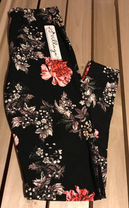 Leggings New With Tags Curvy Plus Black Coral Floral Buttery Soft One Size Fits 16-22