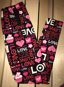 Leggings New With Tags Black Love Heart Buttery Soft One Size Fits 0-14