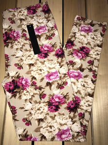 Leggings New With Tags Curvy Plus Floral Ivory Magenta Buttery Soft One Size Fits 16-22
