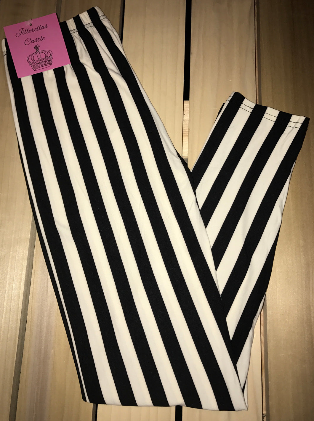 Leggings New With Tags Black White Stripe Buttery Soft One Size Fits 0-14