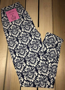 Leggings New With Tags Navy Blue White Motif Buttery Soft One Size Fits 0-14