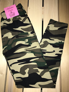 Leggings New With Tags Camouflage Buttery Soft One Size Fits 0-14