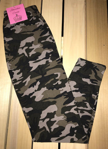 Leggings New With Tags Black Grey Camouflage Buttery Soft One Size Fits 0-14