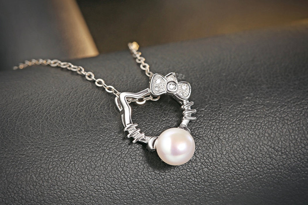 Sterling Silver Pearl Hello Kitty Necklace