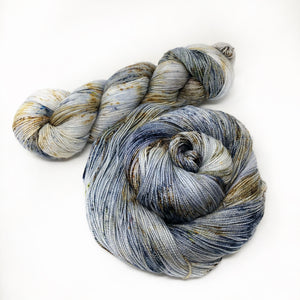 The Professor - Shawl length skein - 600 yards