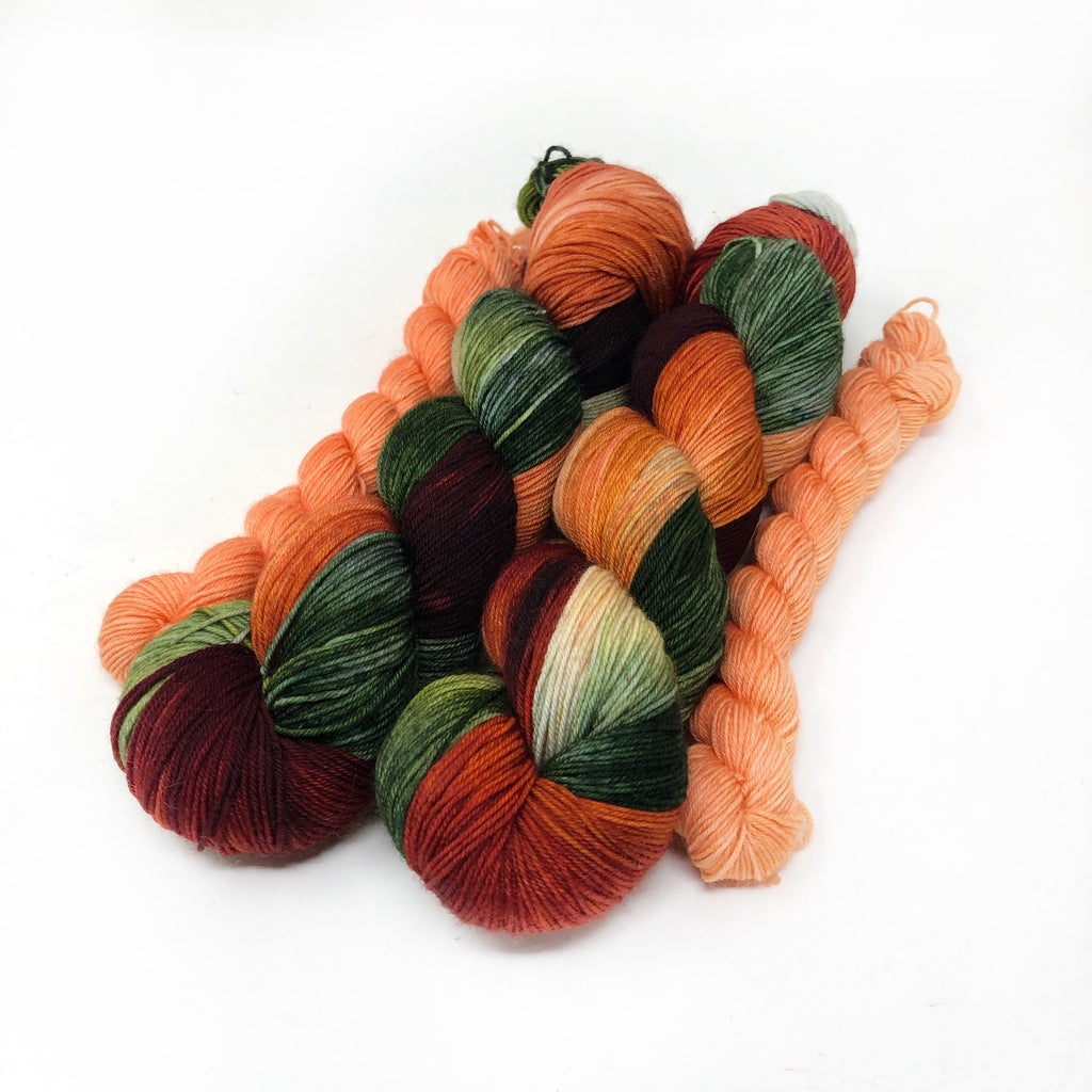 Strawberry Festivity - sock yarn with mini