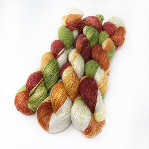 Apple Pickin' - Alpaca Linen Silk DK weight 2 Ply
