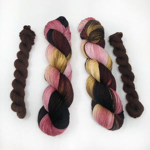 A warm hug   - sock yarn with mini