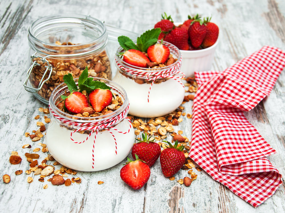 strawberries-yoghurt